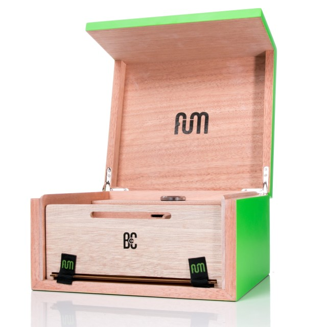 Fum Box Green Small Wood Desktop Humidor with screen – 50/60gr